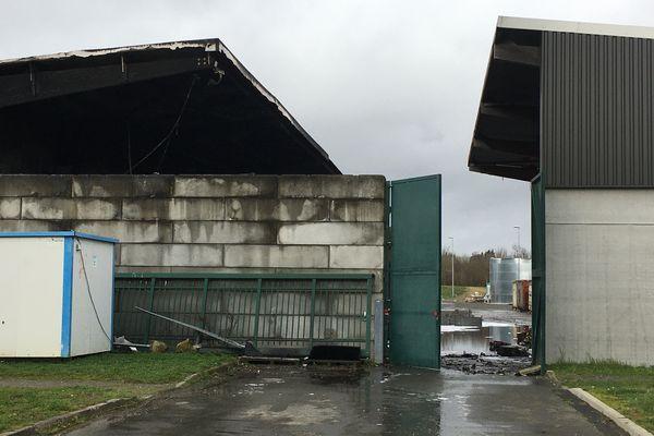 Incendie chez Veolia,à St Barthélémy d'Anjou, le 2 février 2021