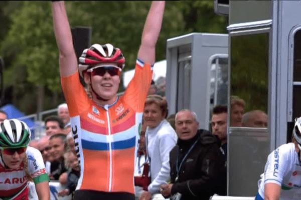 La Néerlandaise Anna Van der Breggen championne d'Europe à Plumelec