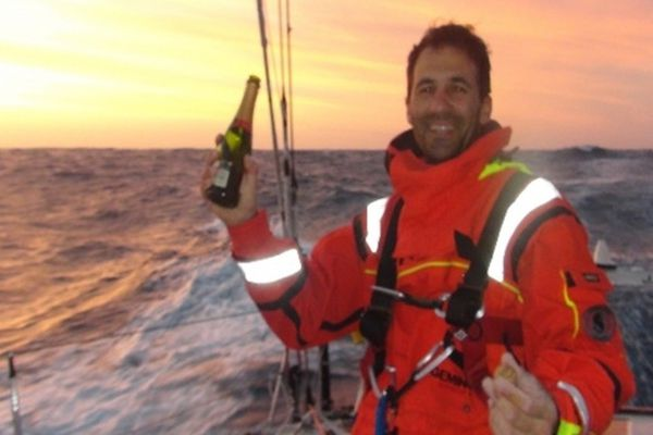 Champagne pour Di Benedetto