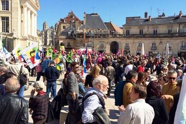Une manifestation à Dijon, contre la Loi Macron, en avril 2015 (archives)