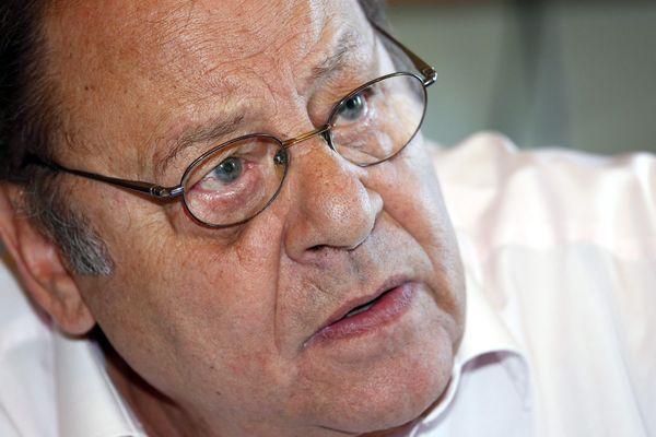 Archives (juillet 2015) - Le maire socialiste d'Allauch, Roland Povinelli.
