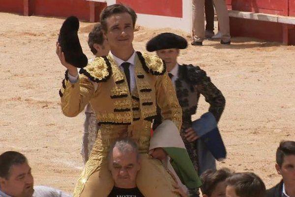 Juan Bautista est sorti 14 fois en triomphe des arènes de Nîmes! Aujourd'hui il se verrait bien les diriger…