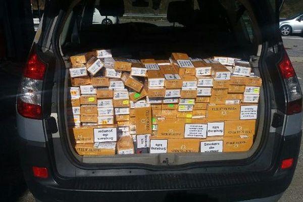 785 cartouches de cigarettes ont été saisies à Porta, dans les Pyrénées-Orientales - 24 octobre 2018