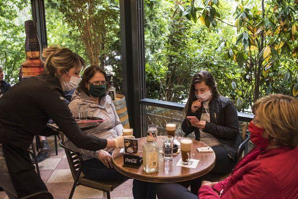Un restaurant en Macédoine en temps de coronavirus. Bientôt dans les Hauts-de-France ?