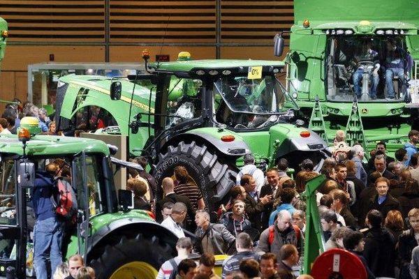 Le Sima, salon des machines agricoles qui se tient à Villepinte (Seine-Saint-Denis), en parallèle du Salon de l'agriculture.