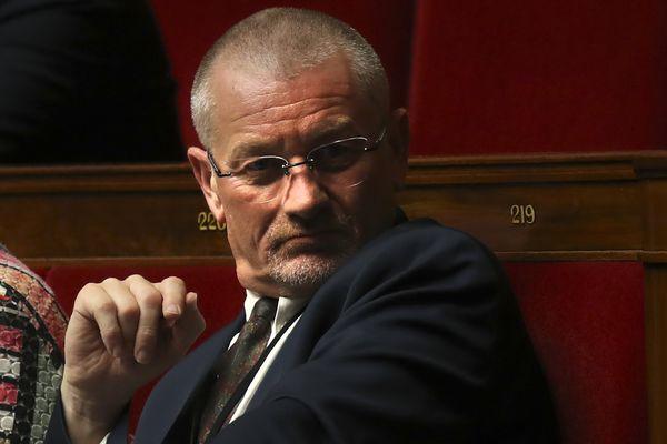 Éric Girardin sur les bancs de l'Assemblée nationale, le 9 août 2017.