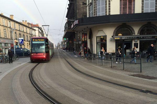 Le tram de Clermont-Ferrand ne circule pas entre Champratel et les Vergnes jusqu'au 2 novembre.