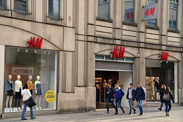 Grève des salariés des entrepôts H&M au Bourget ce lundi