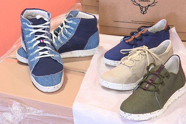 Eco-conçues et recyclables, les baskets CARUUS sont fabriquées en France.