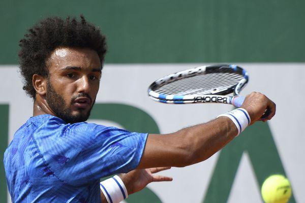 A Roland Garros, Maxime Hamou a crée la polémique après avoir embrassé de force une journaliste d'Eurosport.