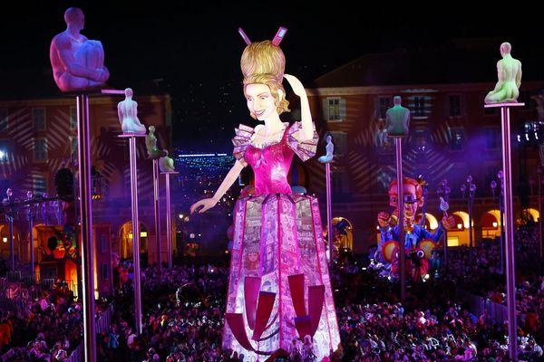 Lors de la première soirée du Carnaval de Nice.