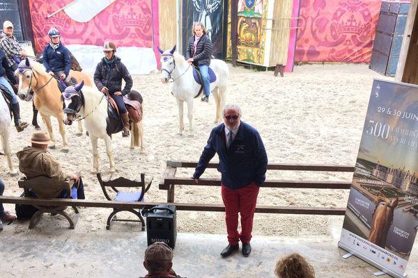 """Présentation de """"500 cavaliers pour les 500 ans de Chambord"""""""