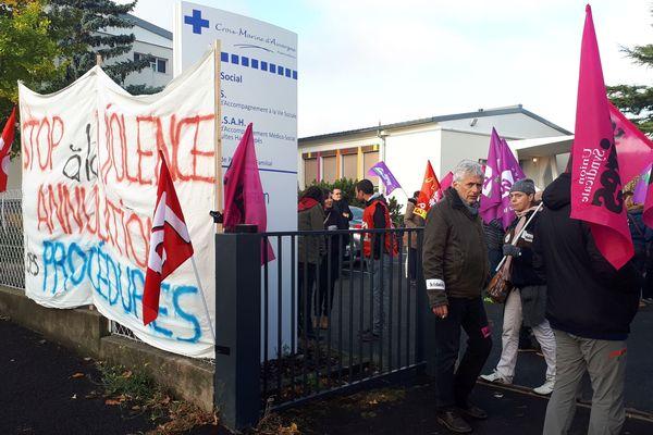 Les salariés de l'association Croix Marine à Clermont-Ferrand s'opposent au licenciement de 3 de leurs représentants syndicaux