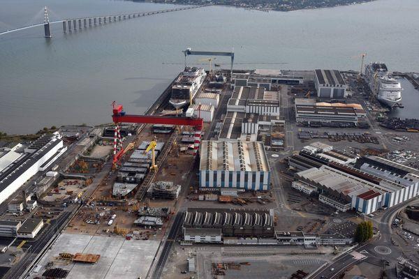 Le chantier naval de Saint-Nazaire, ex-STX, redevenu Chantiers de l'Atlantique, est détenu à 100% par l'état français
