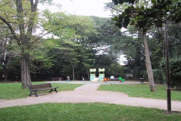 Montpellier - parc Magnol - archives