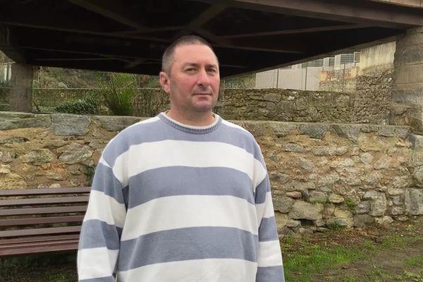 Christophe Tena, maire de Fontjoncouse (Aude)