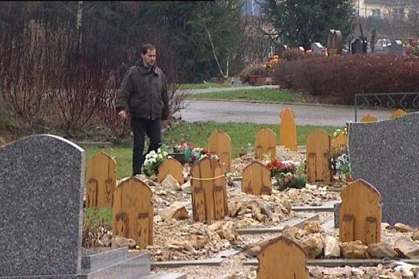 Besançon : un cimetière et son carré musulman