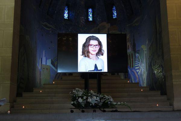 Cérémonie d'obsèques d'Evaëlle, 11 ans, au cimetière du Père Lachaise à Paris en juillet dernier.