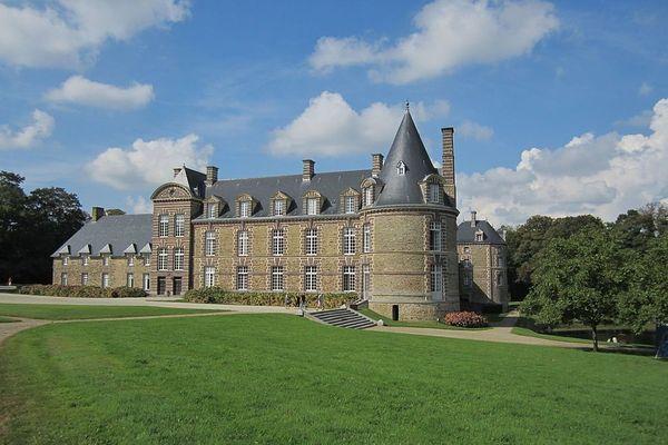 De très belles éclaircies dominicales sont promises au Château de Canisy, dans la Manche.