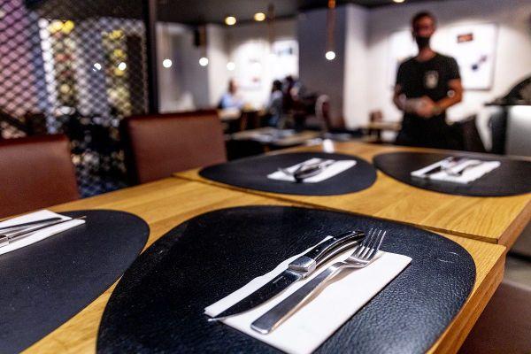 Dans le Puy-de-Dôme, bars, restaurants et brasseries sont concernés par des mesures restrictives liées au COVID 19.