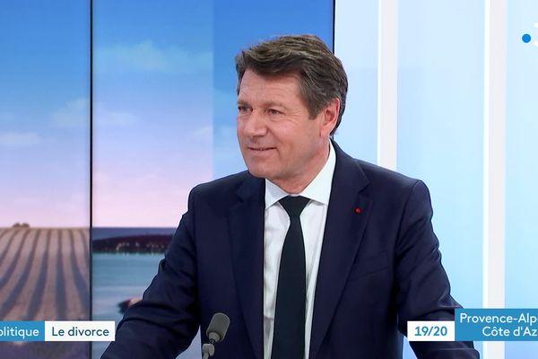 Christian Estrosi donne sa version lors des élections régionales de mars 1998 et conteste les informations d'un reportage.