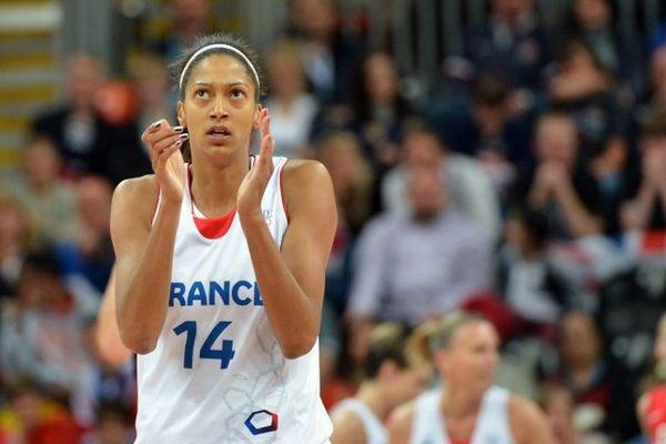 Emmeline Ndongue, ancienne joueuse du Tango Bourges Basket