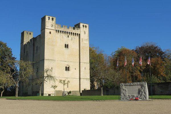 Dans l'Orne, en ce MARDI, le château de Chambois bénéficiera d'une matinée plus lumineuse que l'après-midi.