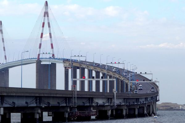 A compter du 1er juillet 2017, une navette permettra aux cyclistes de traverser le pont de Saint-Nazaire