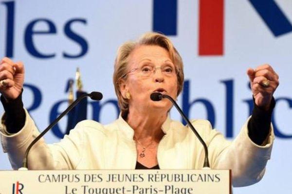Michèle Alliot-Marie lors d'un meeting des Républicains au Touquet. Pour la campagne des présidentielles, elle a décidé de se lancer seule, en dehors de la primaire de son parti.