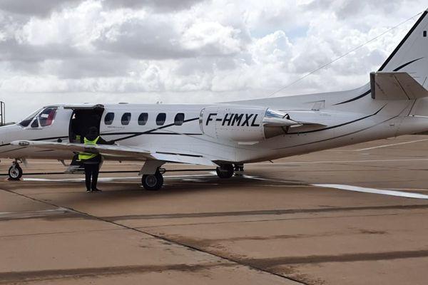 L'avion sanitaire qui a permis le rapatriement de cette sexagénaire agressée et de son compagnon sur le tarmac d'Agadir