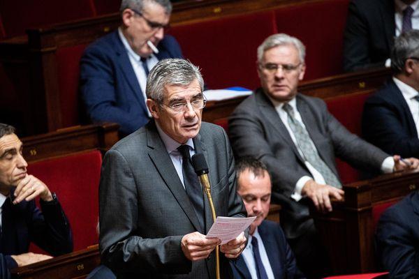 Jean Charles Taugourdeau à l'Assemblée nationale, le 3 décembre 2019, lors de la séance de questions d'actualité au gouvernement