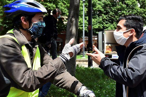 Face-à-face tendu entre gilets jaunes et commerçants samedi 16 mai à Toulouse