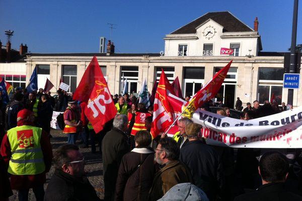Les manifestants ont rejoint la gare de Bourges.