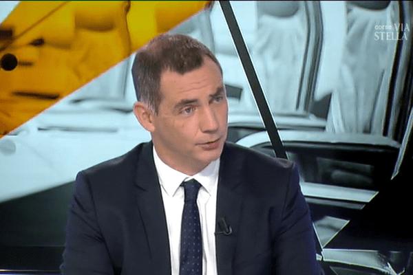 "Territoriales – Entretien avec Gilles Simeoni, ""Pè a Corsica"""