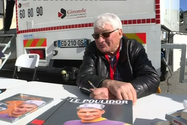 Raymond Poulidor était l'invité en mars 2018 de la 80e édition de la course Bordeaux-Saintes