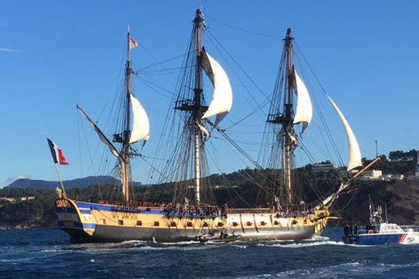 L'Hermione à son arrivée près de Toulon ce matin.