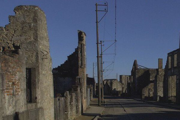 Les ruines d'Oradour-sur-Glane : un lieu maintenu en l'état depuis 70 ans.