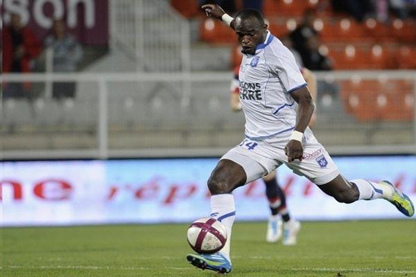 Dennis Oliech quitte l'AJ Auxerre pour l'AJ Ajaccio