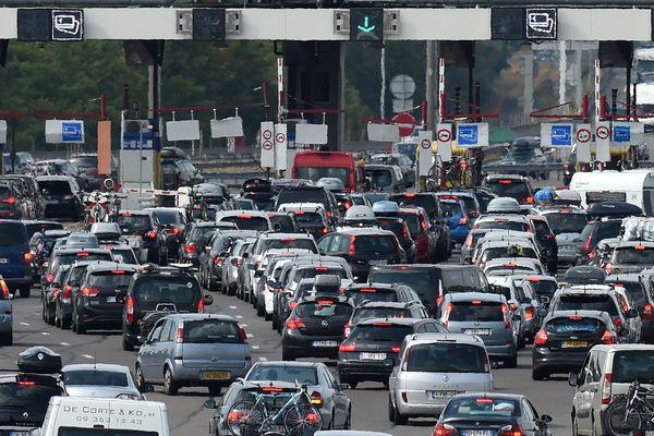 """Un week-end """"rouge"""" est prévu sur les routes de France."""