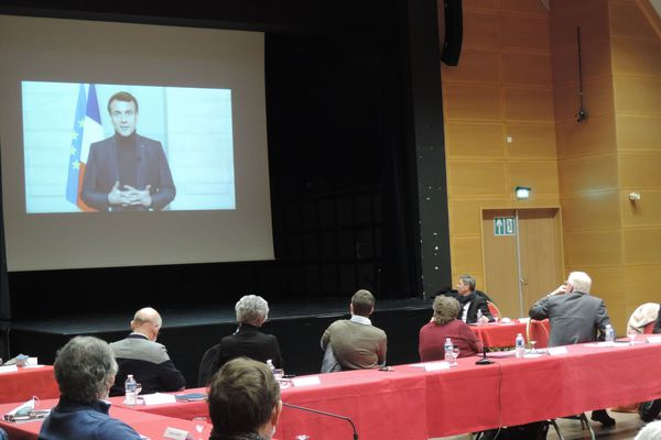 Le message vidéo enregistré par le chef de l'État a ému le maire d'Avallon Jean-Yves Caullet.