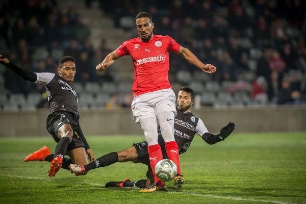 L'attaquant Rachid Alioui du NÎmes Olympique face à Tours le 16 février 2018