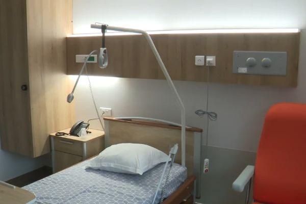 L'hôpital Privé du Grand Narbonne reçoit ses premiers patientsau sein d'un nouvel établissement situé à l'extérieur de la ville. Il est doté de pôles de spécialités.