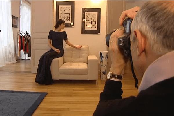 Cet atelier de couture à Limoges crée des robes sur mesure.