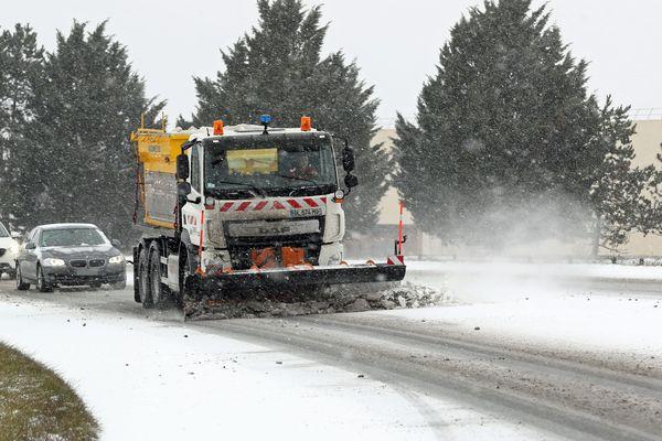 Météo France a placé le département du Cantal en vigilance jaune pour vents violents, neige-verglas et grand froid,  du mercredi 28 février à partir de 15 heures et jusqu'au jeudi 1er mars 6h00.
