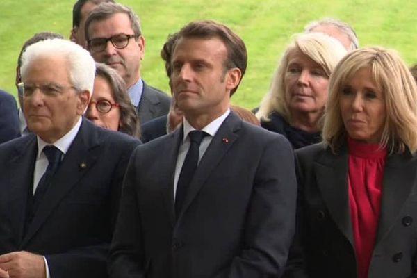 Emmanuel Macron, Brigitte Macron et le président italien Sergio Mattarella lors du discours de Stéphane Bern devant les 50 porteurs de projets.