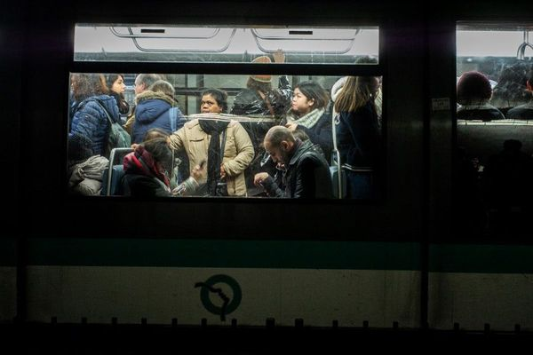 La grève contre la réforme des retraites se poursuit dans les transports franciliens.