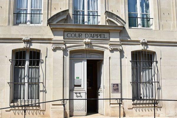 La cour d'assises de Meurthe-et-Moselle, a condamné six personnes pour séquestration, torture et actes de barbarie.