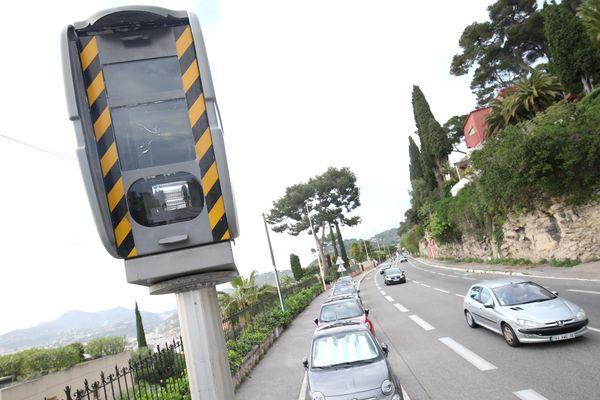 Un radar fixe installé entre Monaco et Nice.