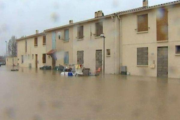 Rivesaltes (Pyrénées-Orientales) - un lotissement inondé - 6 mars 2013.