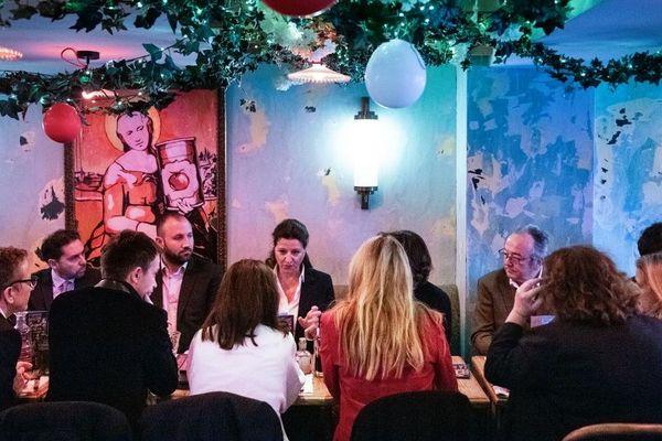 Agnes Buzyn, candidate LREM aux municipales parisiennes lors d'un déjeuner avec des membres de son parti le 17 février 2020.